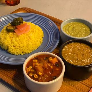 野菜カレーと豆カレーセット+白菜のインド風ポタージュ(Have More Curry(ハブモアカレー))