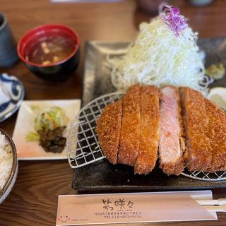 岩中豚ロースかつ(特大)定食
