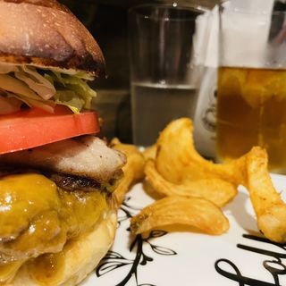 Folky Smoky Bacon Cheese フォーキースモーキーベーコンチーズ(folk burgers&beers)
