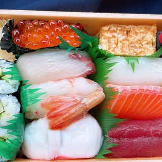 握り寿司 花