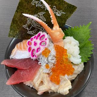 夏の豪華海鮮丼