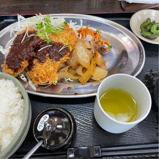 チキンカツ&焼肉生姜焼きランチ