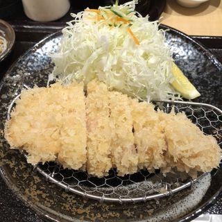 ランチロースカツ定食(とんかつよしだ)
