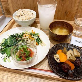 山プレート(カフェ&ミール ムジ 新宿 (Cafe&Meal MUJI))