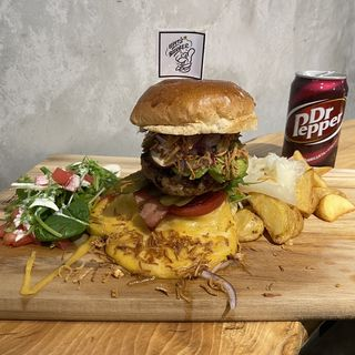 Upit's チーズバーガープレート+パティ