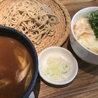 カレーせいろと揚げ卵丼(横濱蕎麦 傳介 (ヨコハマソバ デンスケ))