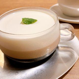 3層のスペシャルコーヒーゼリー