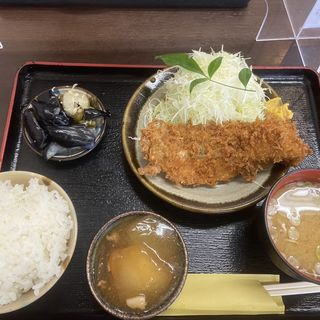 生鮭フライ定食