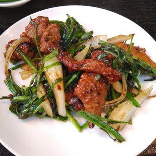 韮菜炒猪肝