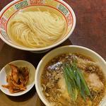 鰹と昆布水の醤油つけ麺