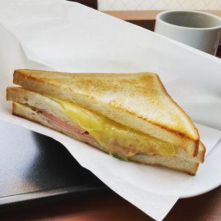 トーストサンド とろ〜りチーズ&ハム