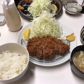 上ロース豚かつ定食