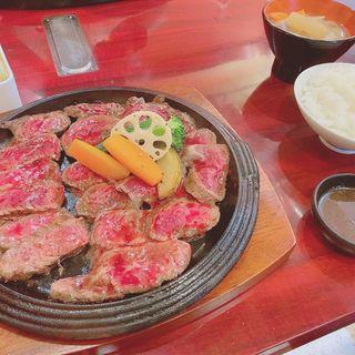 ハンキングテンダーステーキ定食