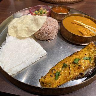 マンガロールフィッシュターリ(バンゲラズキッチン (Bangera's Kitchen))