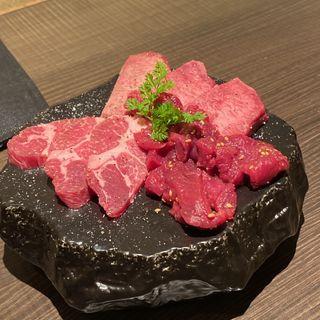 30日間熟成KINTANと牛タンの食べ比べ